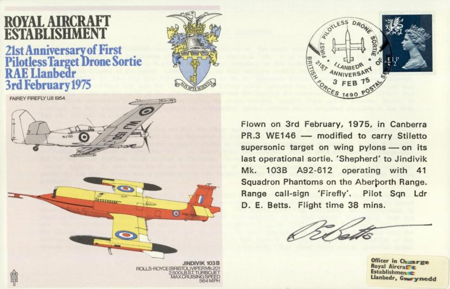 Royal Aircraft Establishment cover Signed by the pilot D E Betts