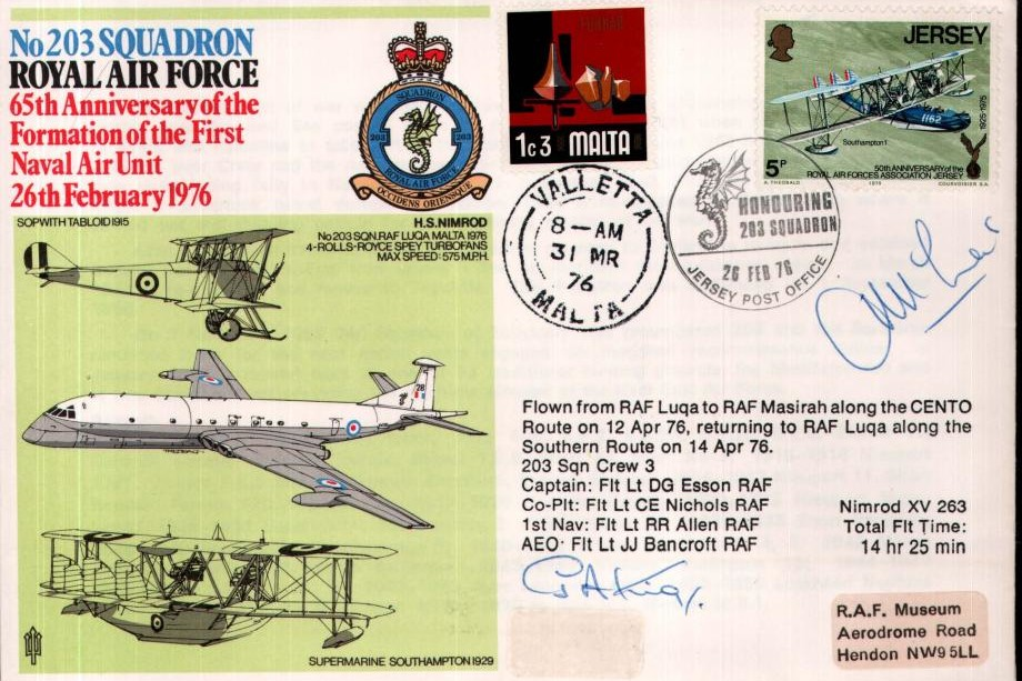 203 Squadron cover Signed by reflown pilot WC G A King & submarine captain Lt Cdr J McLees